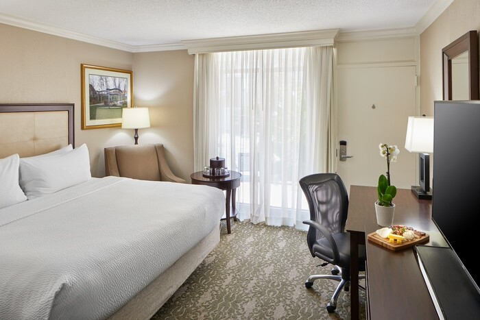 Four Points by Sheraton CLE_Eastlake002